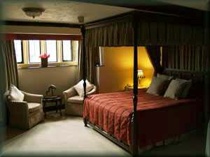 Bell Inn Hotel Bedroom