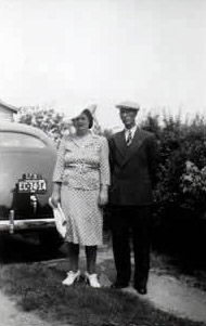 The couple pictured together when they were young
