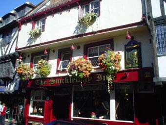 The Snickleway Inn
